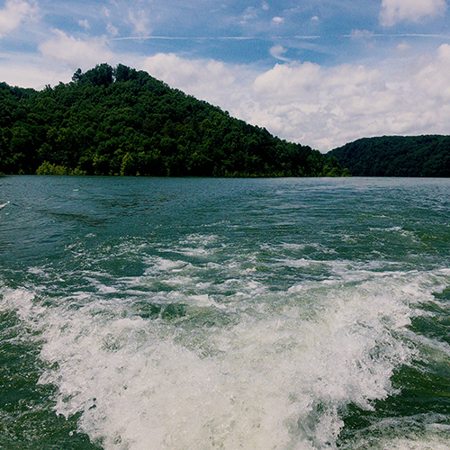 things to do at center hill lake tennessee